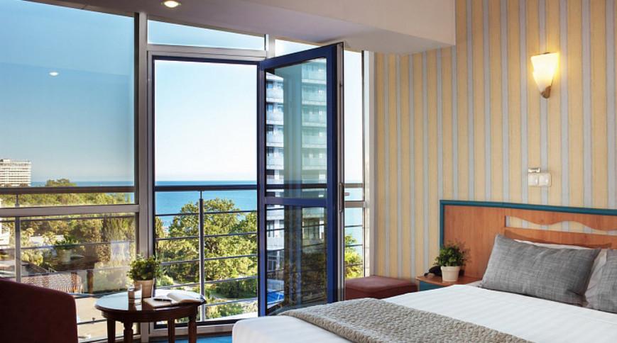 """Изображение гостиницы """"Маринс Парк Отель"""" #6"""