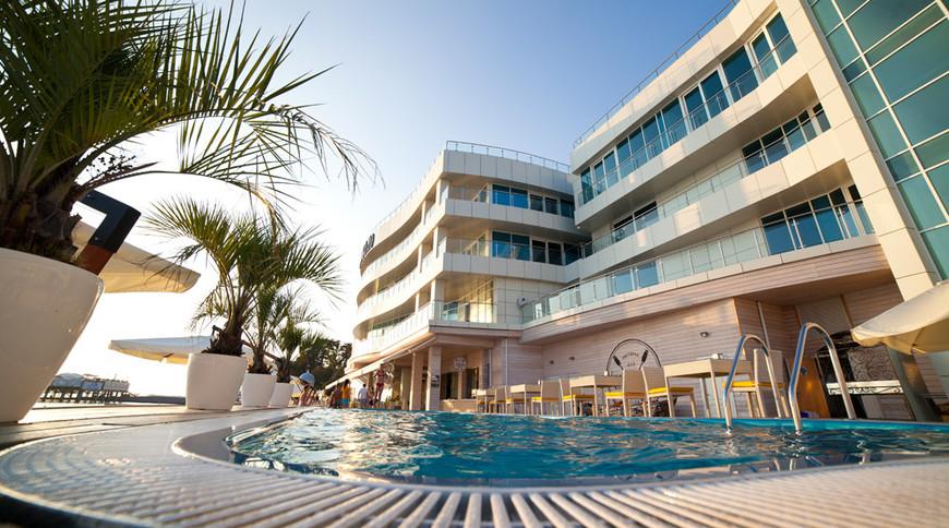 "Изображение отеля ""Hotel SANREMO by UNDERSUN"" #2"