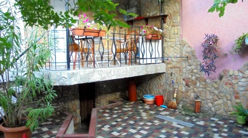 """Изображение частного дома """"Уютный домик с террасой на 2-5 человек в Феодосии."""" #9"""