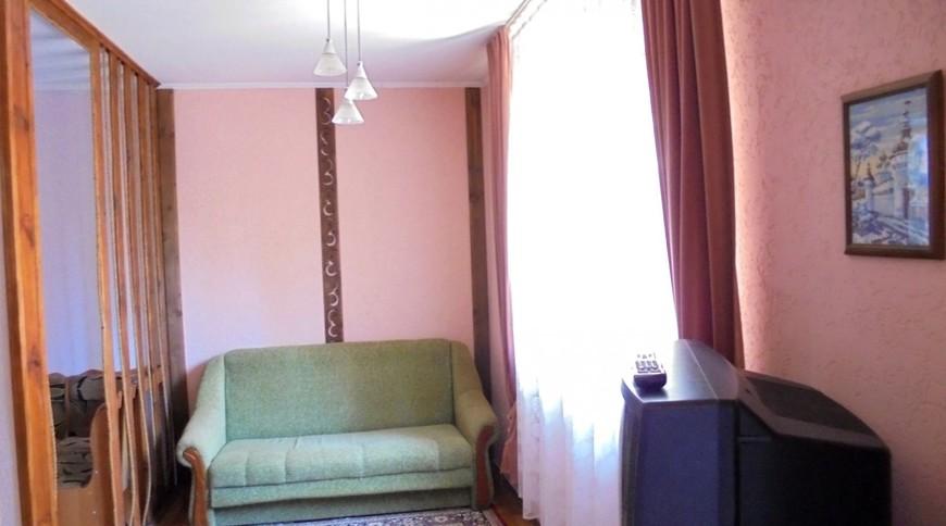 """Изображение частного дома """"Домик для семейного отдыха на 2-4 человека в Феодосии."""" #12"""