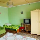 """Изображение частного дома """"Двухкомнатный домик с террасой на 3-7 человек в Феодосии."""" #43"""