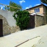 """Изображение частного дома """"Двухкомнатный домик с террасой на 3-7 человек в Феодосии."""" #54"""