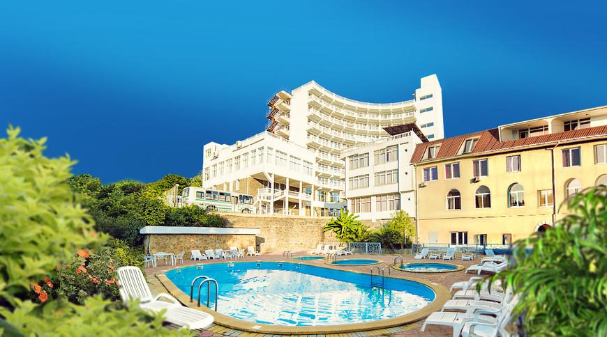 """Изображение отеля """"Замок"""" #1"""
