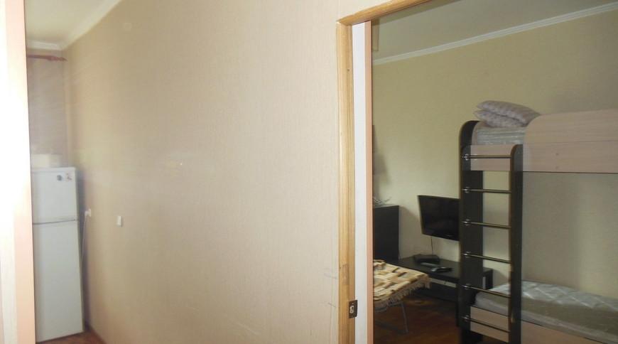 "Изображение квартиры ""Сдаётся 1-комн квартира ""Лора"" в Новом Афоне под ключ на 1 линии"" #7"