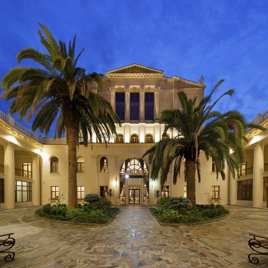 """Изображение отеля """"Amra Park-hotel & Spa"""" #1"""