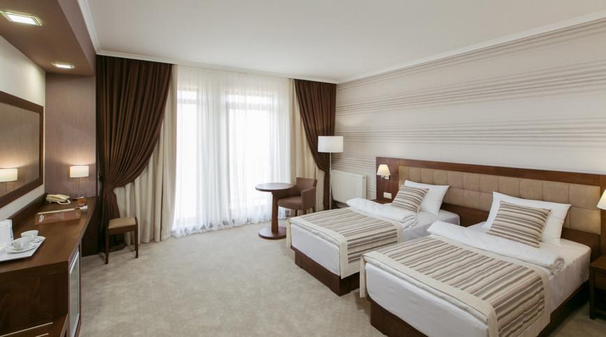 """Изображение отеля """"Яйла"""" #8"""