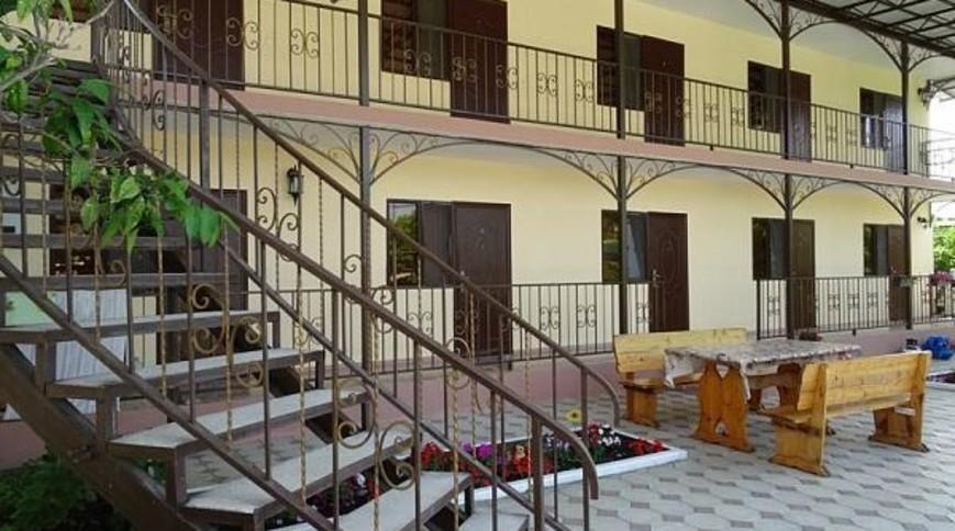 """Изображение гостевого дома """"Амиго"""" #1"""