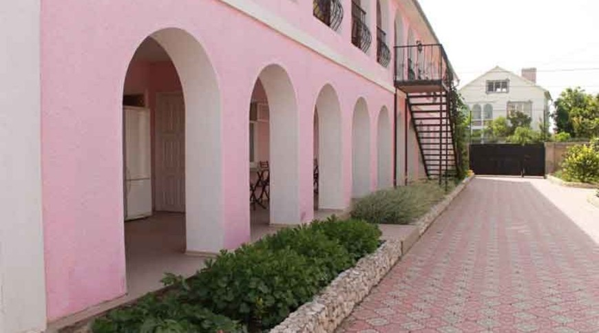 "Изображение пансионата ""Розовый Фламинго"" #3"
