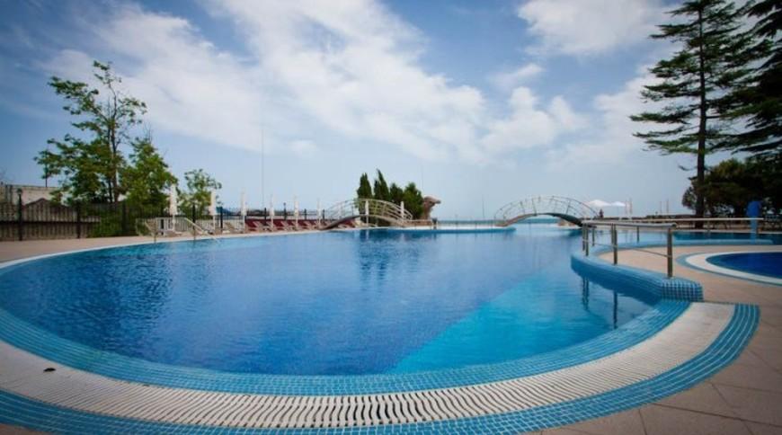 """Изображение отеля """"Riviera Sunrise Resort & SPA """" #4"""