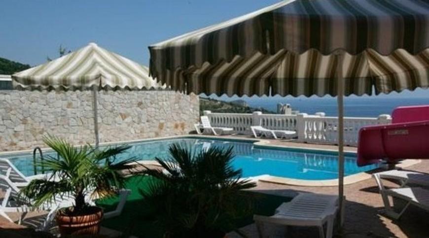 """Изображение отеля """"Алубика"""" #7"""