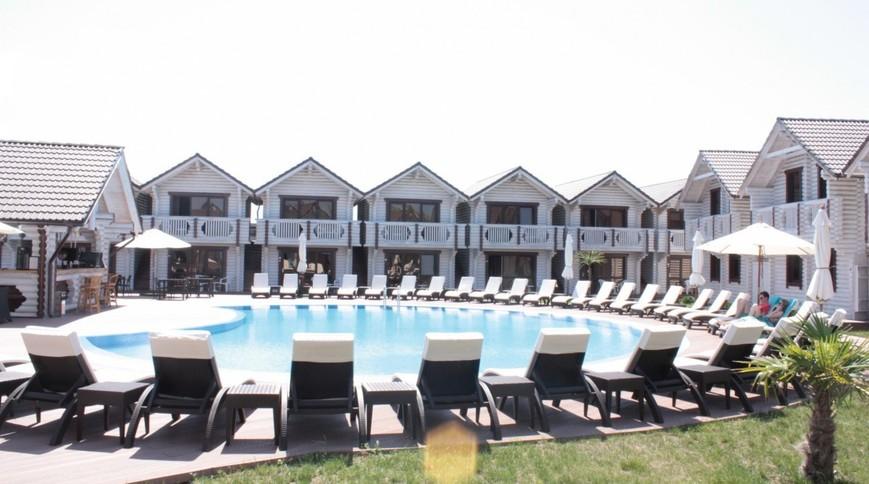 """Изображение отеля """"Белый пляж"""" #1"""