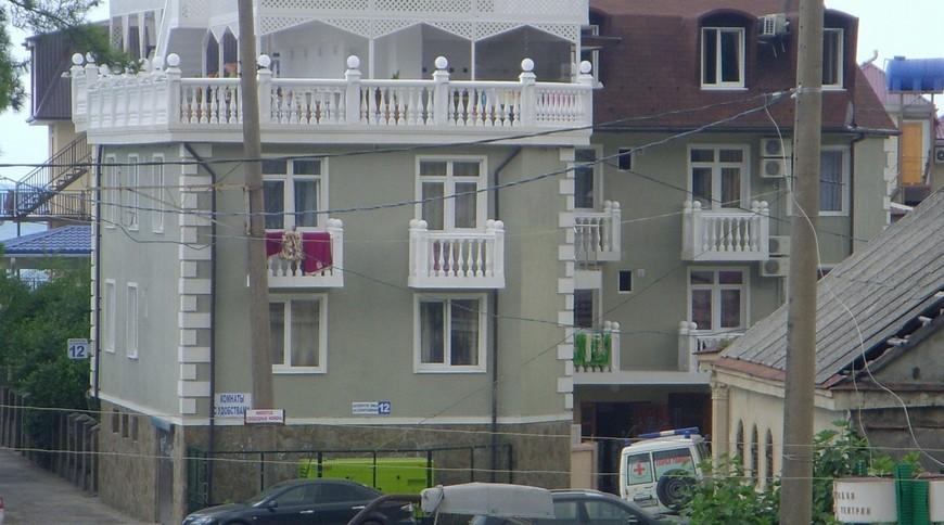 """Изображение гостевого дома """"Мандарин в 60 метрах от моря"""" #1"""