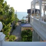 """Изображение гостевого дома """"Мандарин в 60 метрах от моря."""" #24"""